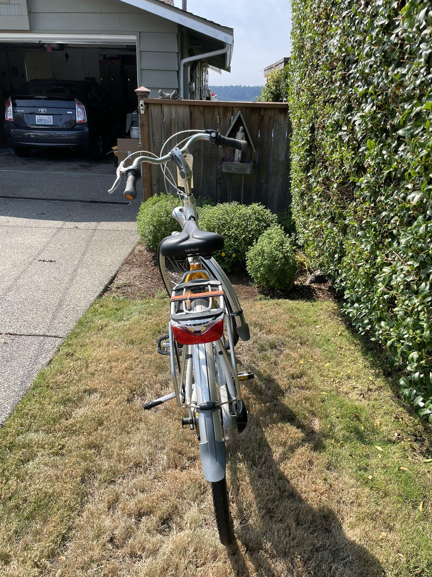 Gazelle Dutch Bike -brand new