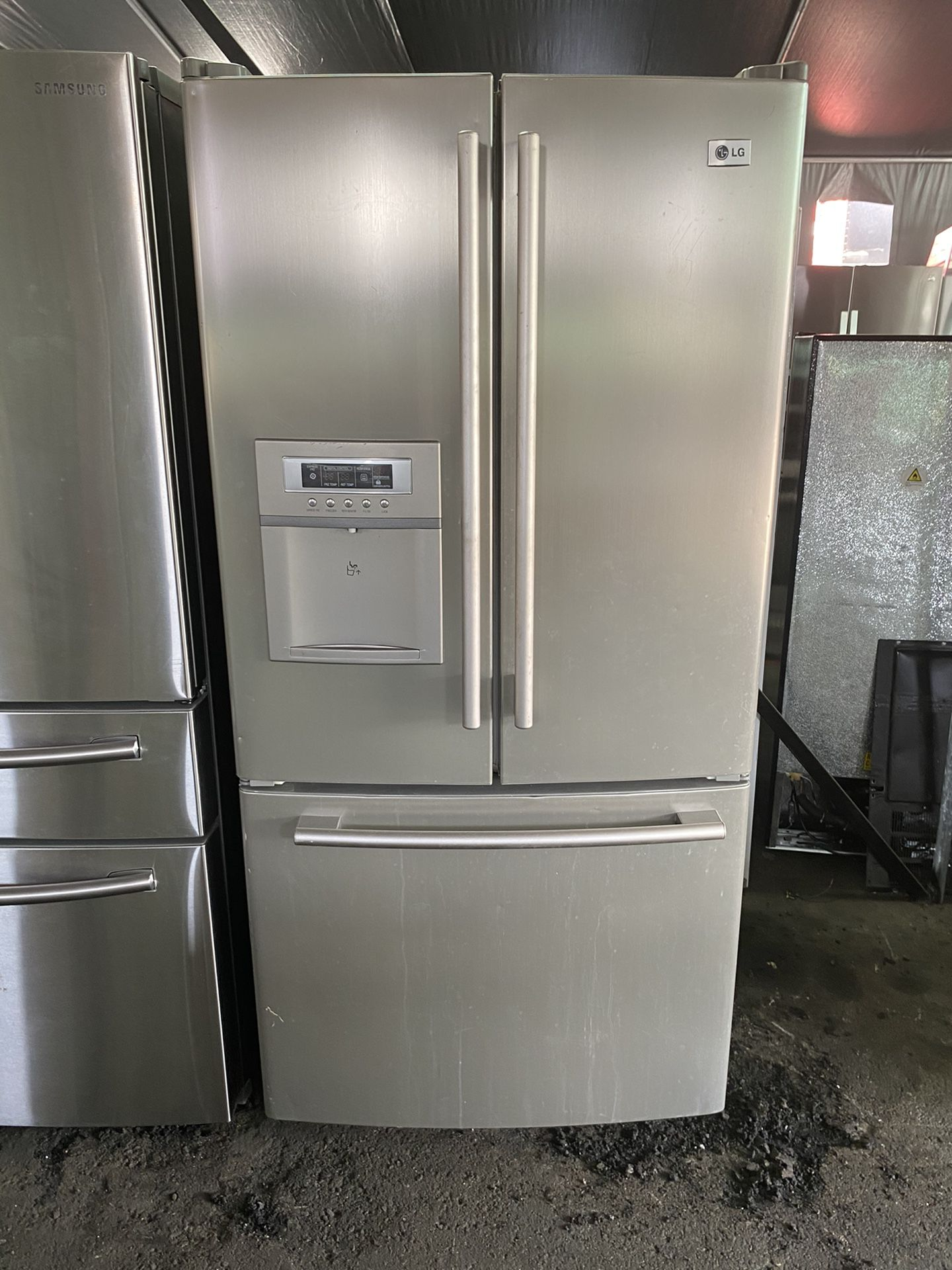 $550 LG 33 inch wide French door refrigerator with ...