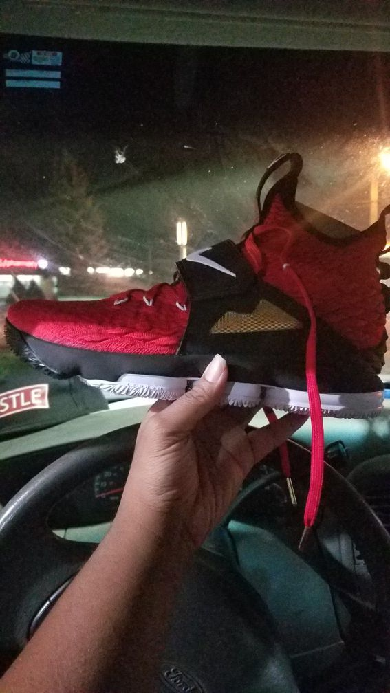 new product 82957 f9c9c lebron 15 red diamond turf for Sale in Cleveland, OH - OfferUp