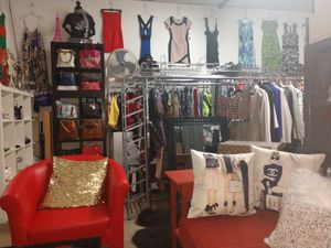 Ladies kids men's women's clothes dresses all sizes plus clothing handbags purses jewelry for Sale in Capitol Heights, MD