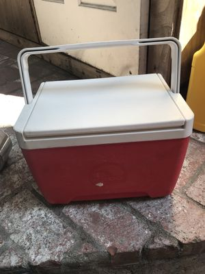 Cooler $5.00 for Sale in Los Angeles, CA