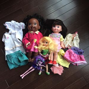 Bundle of dolls and accessories for Sale in Ashburn, VA