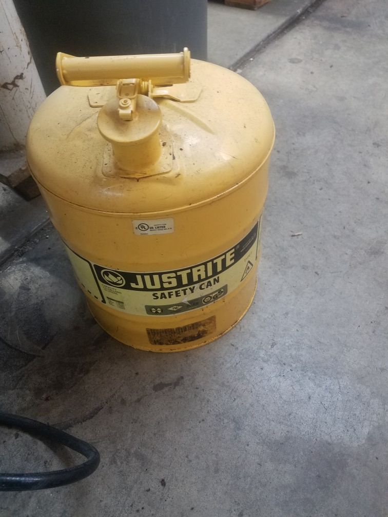 Justrite diesel can. Best can made