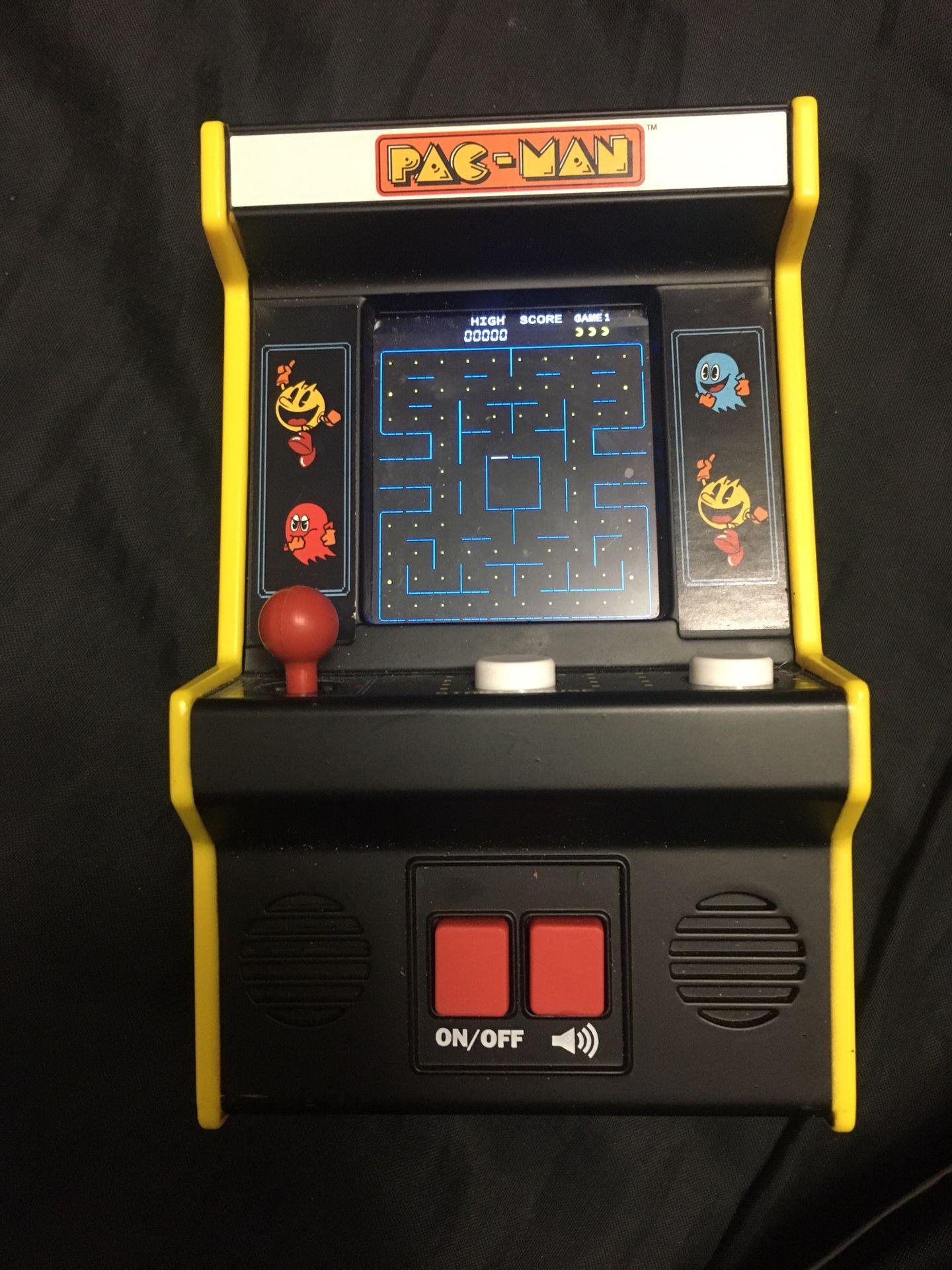 Mini Pac-Man arcade