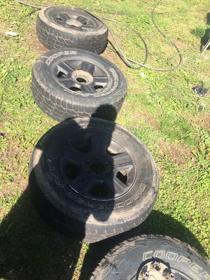 Stock f-150 wheels and tires for Sale in Ashburn, VA