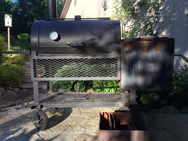 Smoker grill for Sale in Willowbrook, IL - OfferUp