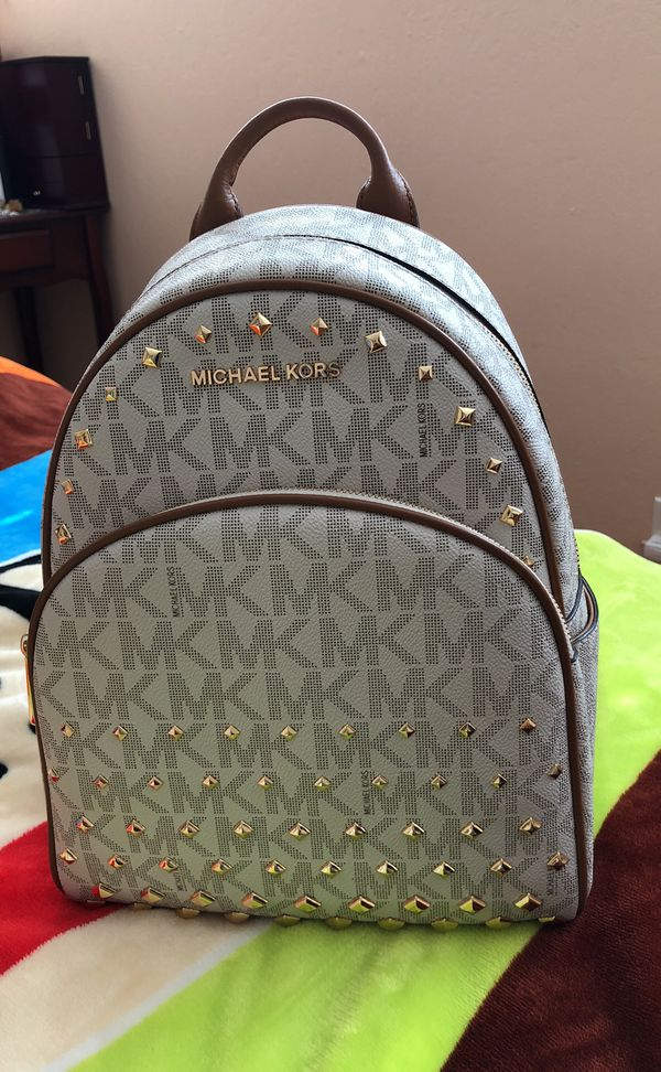 37050803a3ef MK medium size Abbey backpack for Sale in Hayward, CA - OfferUp