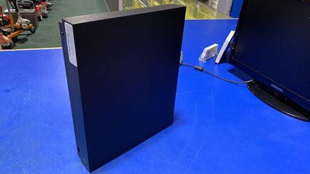 XBox One X 1 Tb Thumbnail