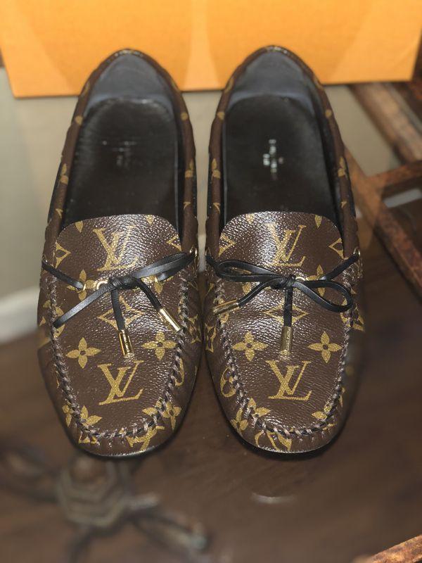 173afa5e9541 Louis Vuitton.-GLORIA FLAT LOAFER for Sale in Marrero