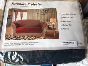 "sofa cover - 3 seats / 128""x 80"" for Sale in Lake Elsinore, CA"