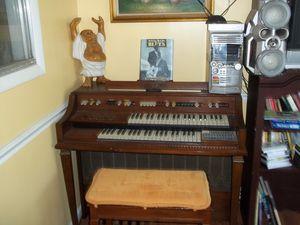 Electric organ for Sale in Washington, DC