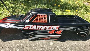 Photo New Traxxas Stampede 4x4 RC Truck Body
