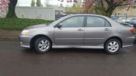 2003 Toyota Corolla Thumbnail