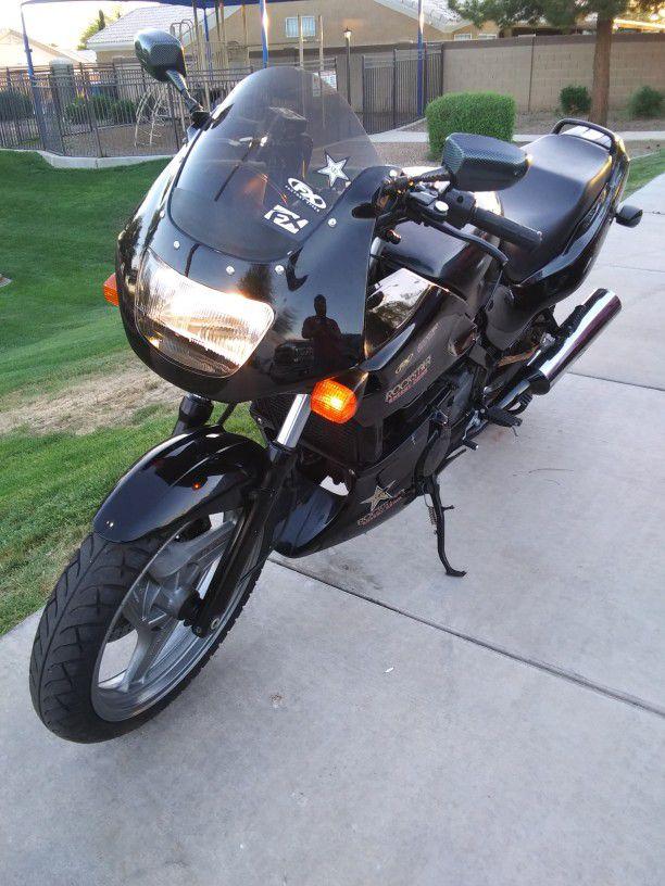 1998 Kawasaki Ninja 500R
