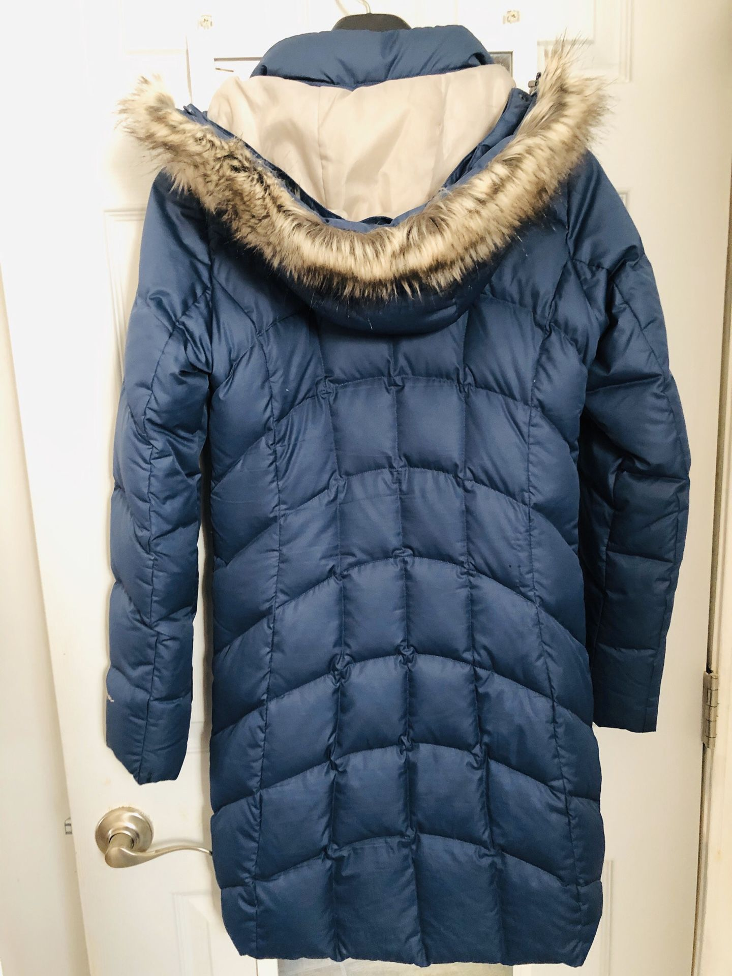 Eddie Bauer Women's down coat