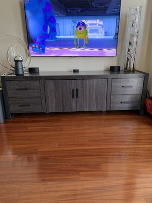 """TV Stand 70"""" for Sale in Tampa, FL"""