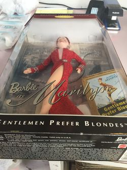 Barbie as Marilyn Hollywood Legends Collection Thumbnail