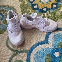Shoes/Huaraches Thumbnail
