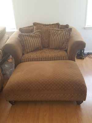 Prime New And Used Chair With Ottoman For Sale In San Fernando Ca Ncnpc Chair Design For Home Ncnpcorg