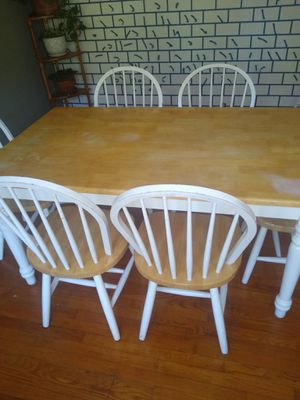 Photo 6 Seat Dinning Table