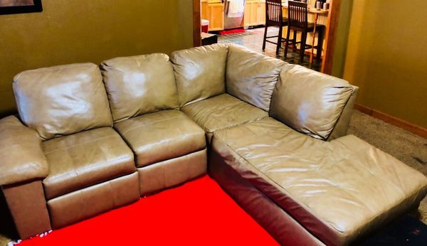 Light Tan Leather Sectional Couch 125 Household In Edmond Ok