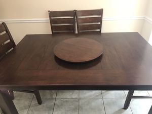 Wooden 6 Chair Dining Room Table with Lazy Susan for Sale in Tucker, GA