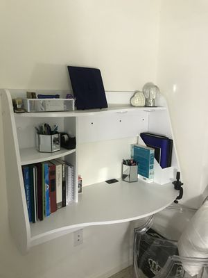 NEW FLOATING MOUNTED WHITE DESK WITH STORAGE AND CORD ORGANIZER for Sale in Washington, DC