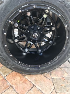 20x14 fuel hostage wheels and tires for Sale in Pembroke Park, FL