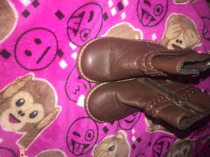 toddler girl brown boots size 6 for Sale in Temple Hills, MD