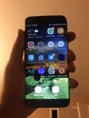 Samsung S7 Edge Phone Needs New Screen (Black Spot) for Sale in Beltsville, MD