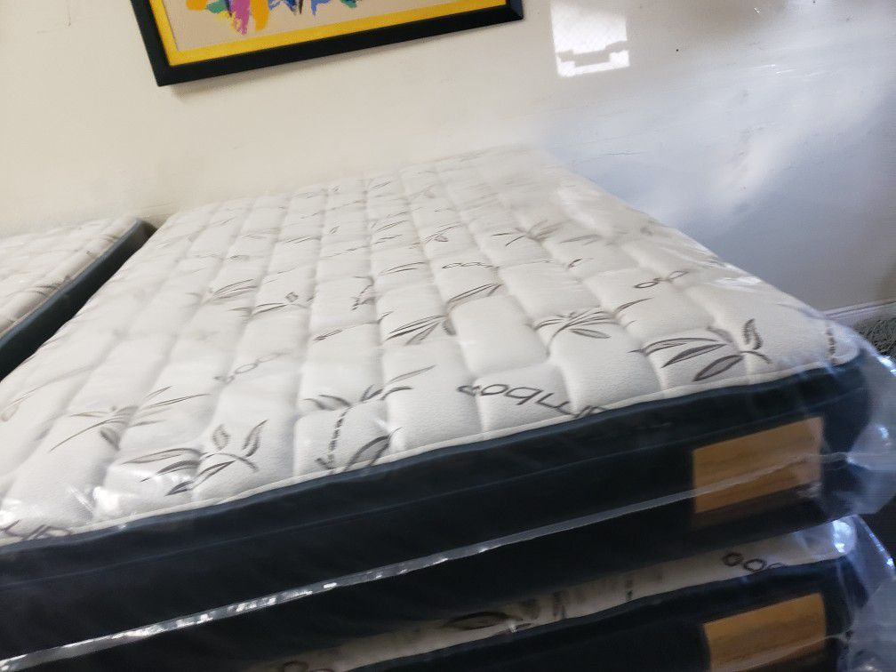 Brand New Mattress and Boxspring Set Queen Size, Pillow Top