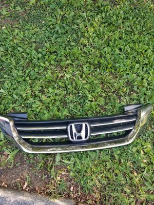 2013 to 2015 Honda accord grill for Sale in Silver Spring, MD