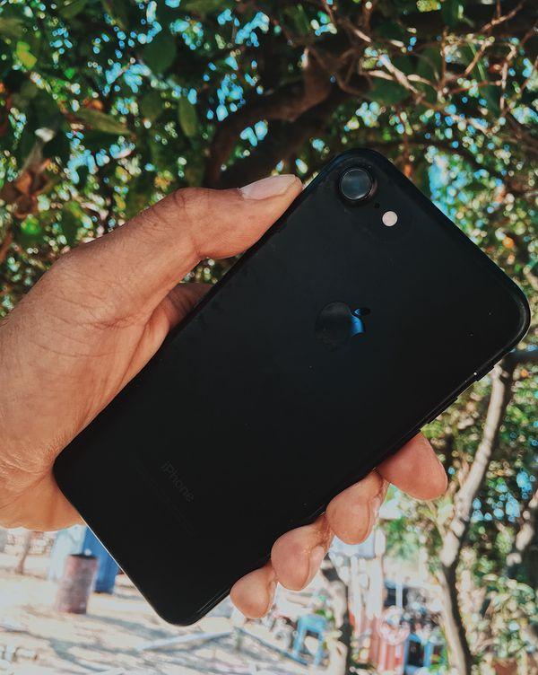 IPhone 7 matte black 128gb unlocked Best Buy Unlocked for Sale in San Jose,  CA - OfferUp