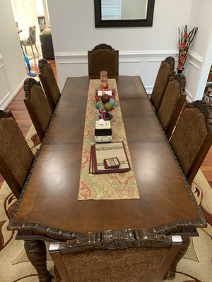 Dining Table with 8 chairs for Sale in Brambleton, VA