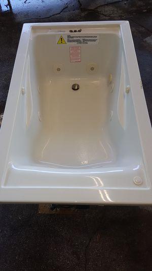 Photo American standard whirlpool tub