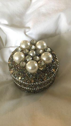 Tin jewelry box for Sale in Manassas, VA