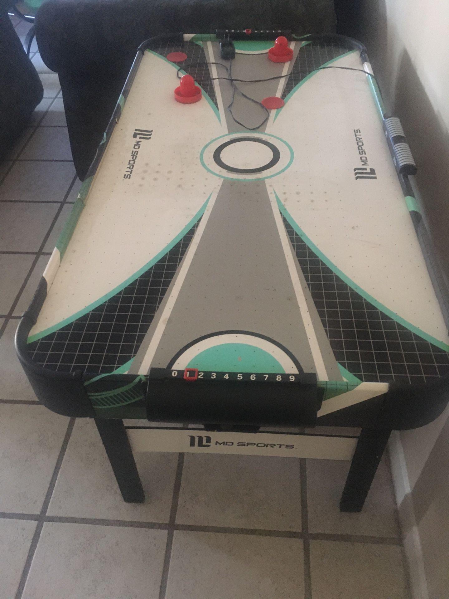 Hockey table
