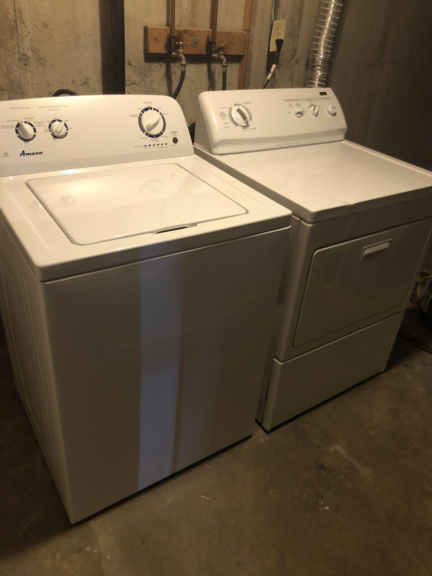 Amana washer/dryer set