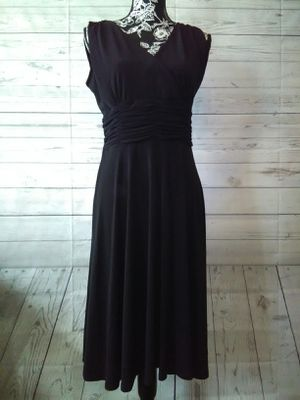 Brand New Beautiful AA Studio Dress , women's size 10 ( never worn ) for Sale in Frederick, MD