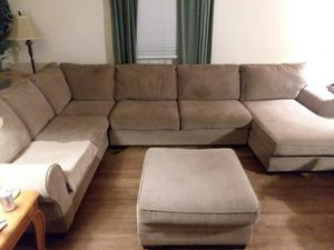 Very nice large 3 piece Sectional with love seat sofa and chaise for Sale in Blackstone, VA