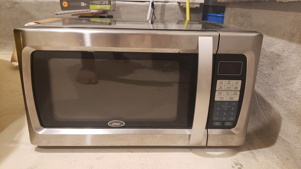 Oyster Stainless Steel Microwave