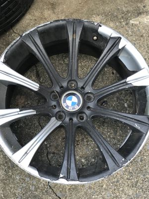 Cracked E60 M5 Rim for Sale in Kensington, MD