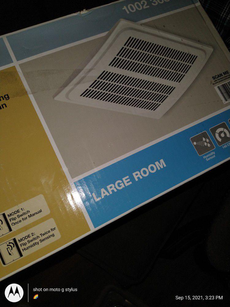 Hampton Bay Humidity Sensing Ventilation Fan /White Finish