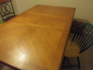Wooden Dining Room Table for Sale in Philadelphia, PA