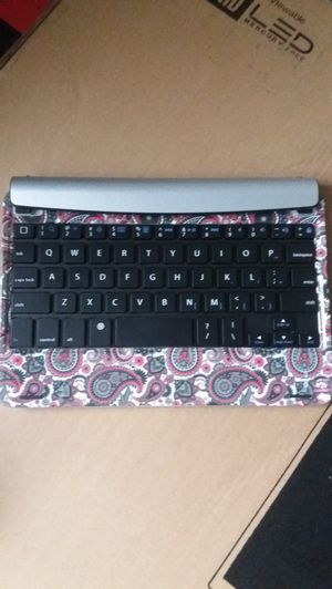High Speed Wireless Bluetooth Keyboard (Tablet and Phone Support) for Sale in Abilene, TX