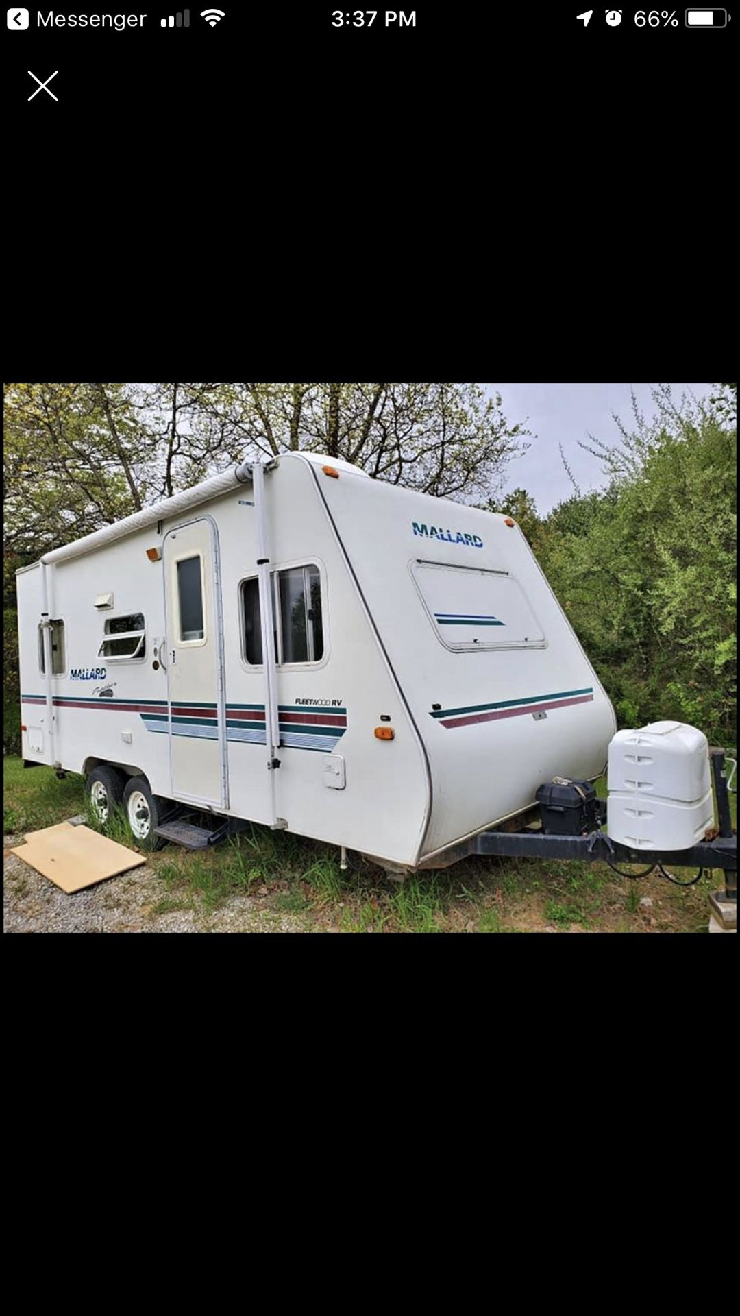 Photo 2000 Mallard travel trailer