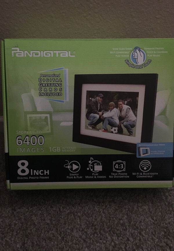 Pandigital 8 Inch Photo Frame With Remote Photography In