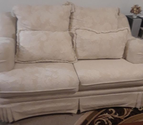 Incredible Beige Floral Paisley Lace Print Sofa Loveseat For Sale In Portland Or Offerup Gmtry Best Dining Table And Chair Ideas Images Gmtryco