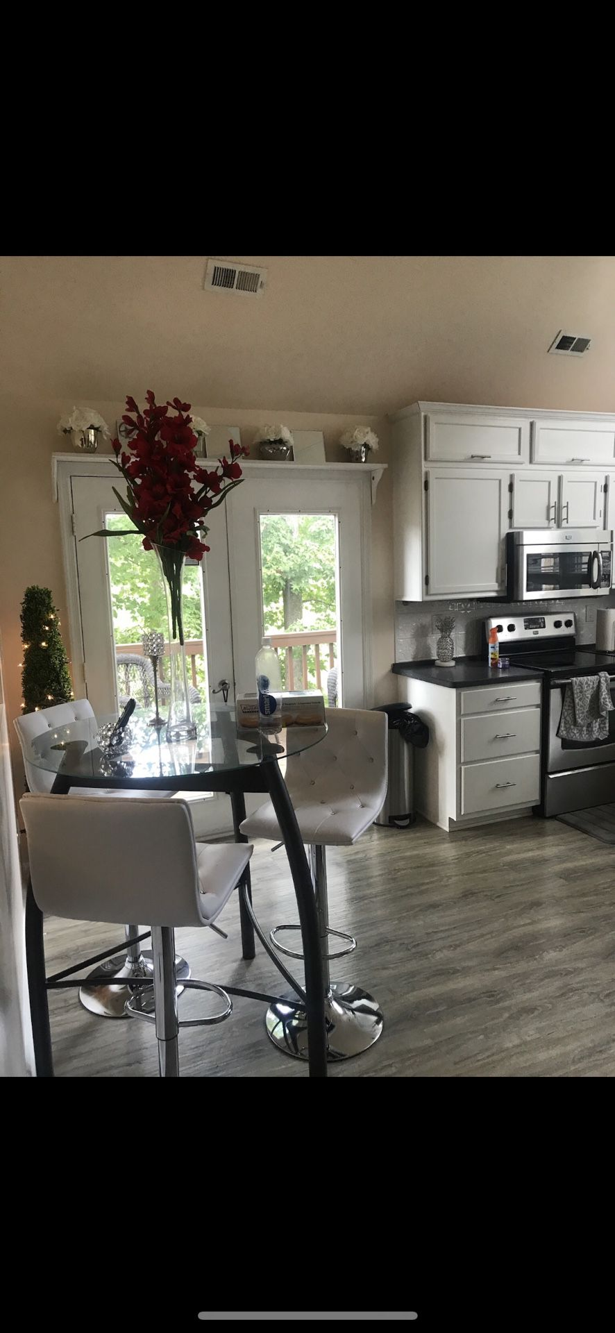 Kitchen table with chairs included