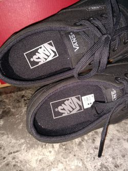 Ladies Black VANS Size 8.5  Thumbnail